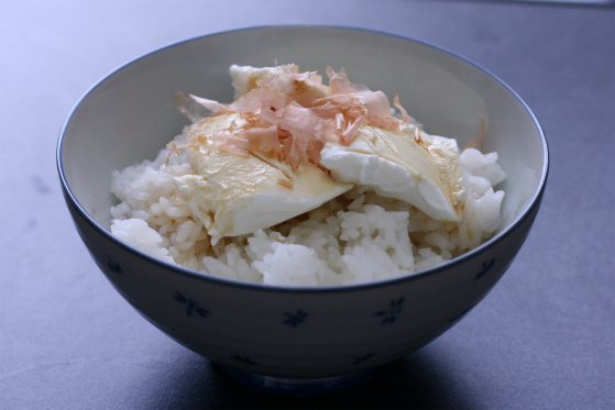 水切りヨーグルト丼