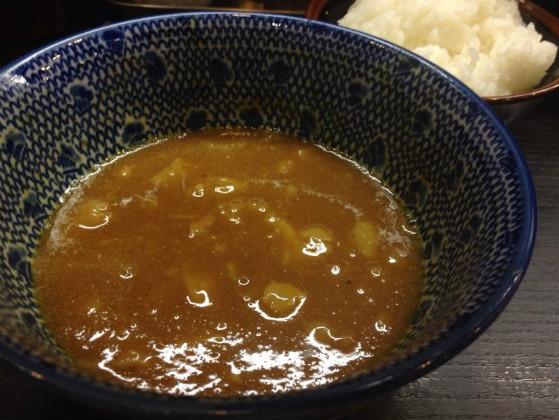 神保町のラーメン屋の麺屋神中川會のカレー