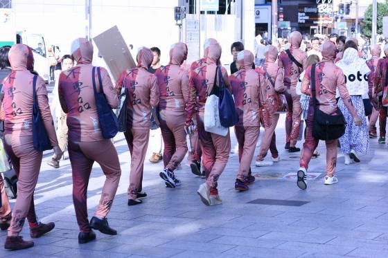 人体模型の集団