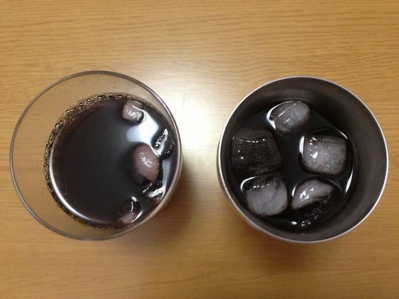 氷が溶けないコップ