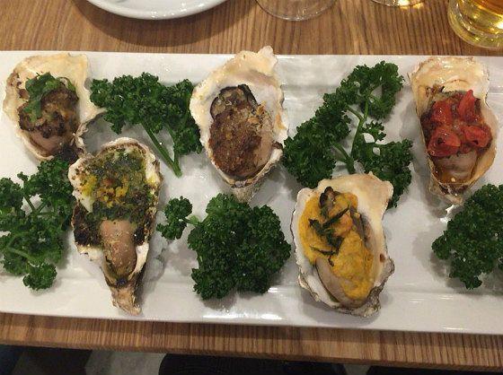 オイスターズインクの焼牡蠣