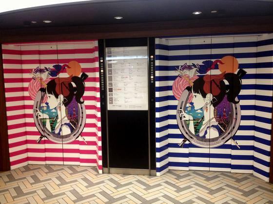 新宿ルミネのエレベーターの中村佑介のイラスト