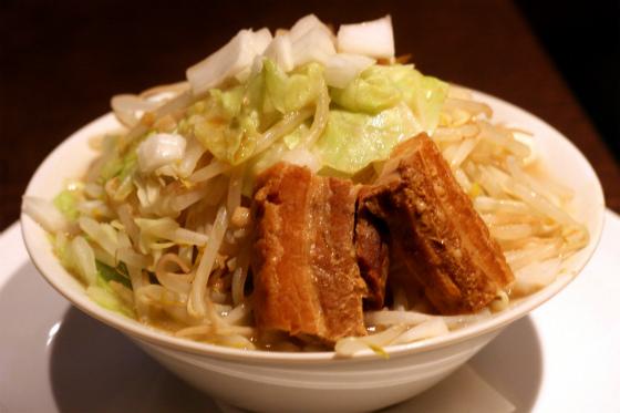 カラオケパセラ御茶ノ水店の二郎系ラーメン