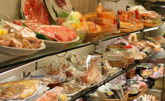 食品サンプル専門店のまいづるの店内