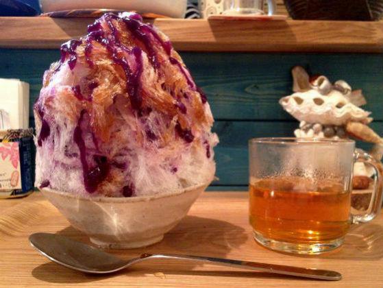 なごかふぇの紅芋かき氷