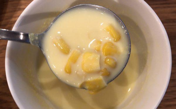 ビストロフェーヴのコーンスープ