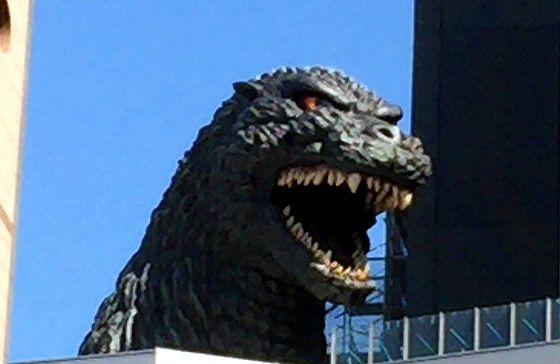 新宿歌舞伎町のゴジラヘッドの画像
