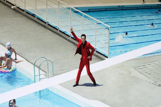 としまえんのプールのポスターは田原俊彦