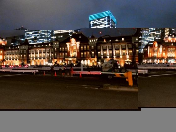 東京駅がライトアップ